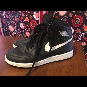 Barely worn Nike Air Jordan's